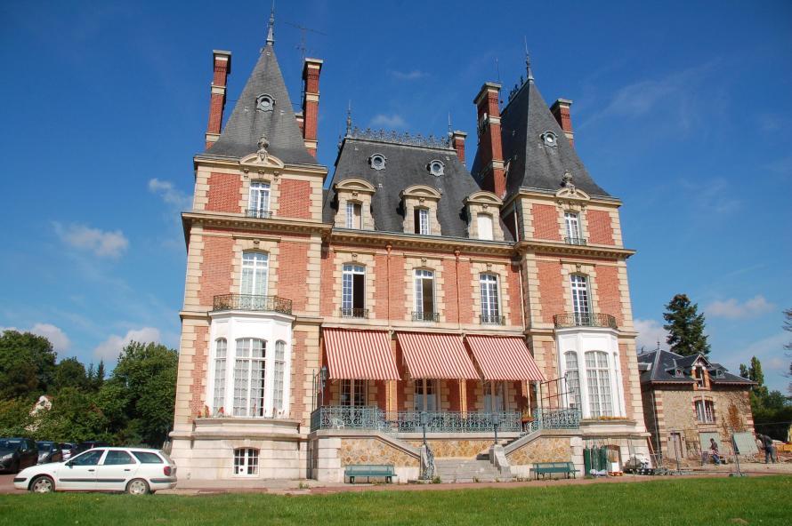 Le Château de la Fontaine aux Cossons, Vaugrigneuse (91)
