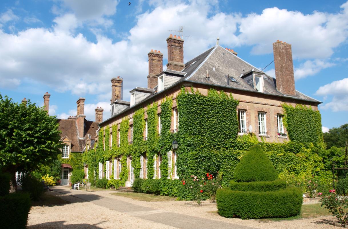 """Résidence """"Château de Villeniard"""", Vaux-sur-Lunain (77)"""