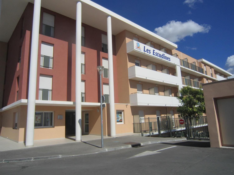 Les Estudines de Provence , Marseille