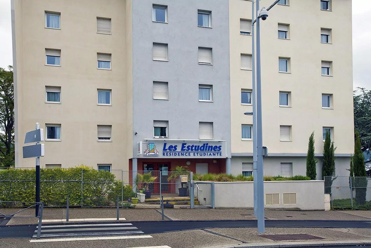 Les Estudines Sarah Bernhardt, Clermont-Ferrand