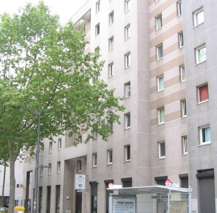 Célibatel, Lyon